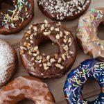 Donuts'y czyli pączki z dziurką
