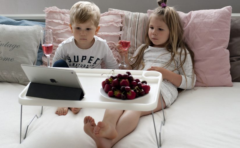 Komórka i tablet w świecie dziecka – kilka ważnych faktów